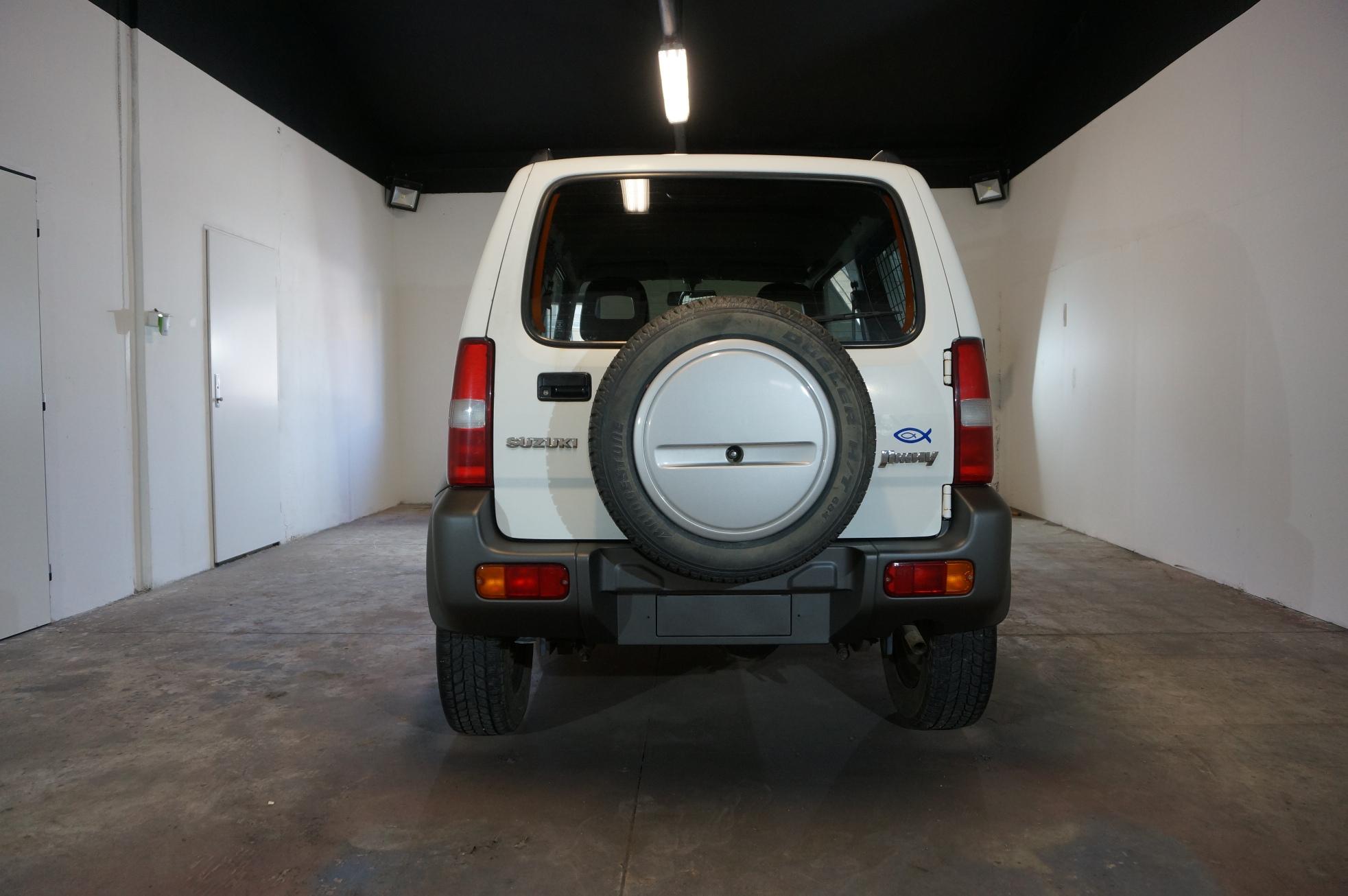 Suzuki Jimny - Plasti Dip antracit